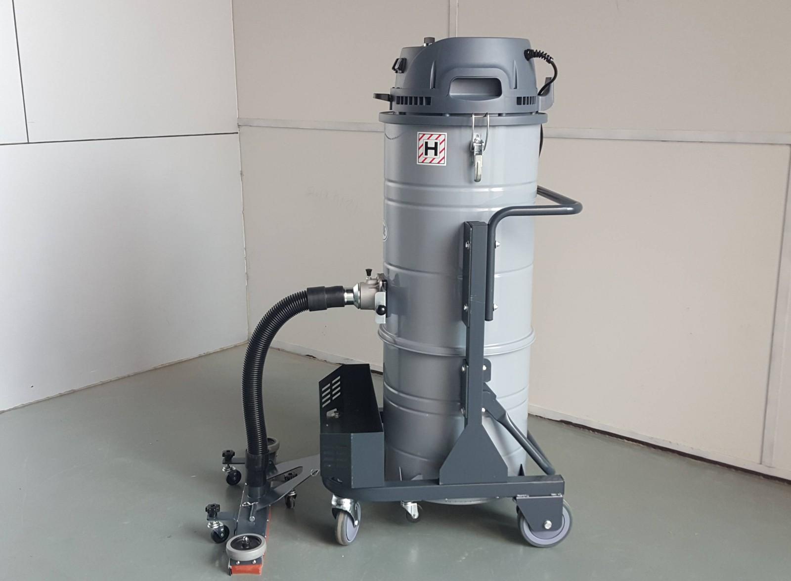 厂家教您如何选购优质工业吸尘器