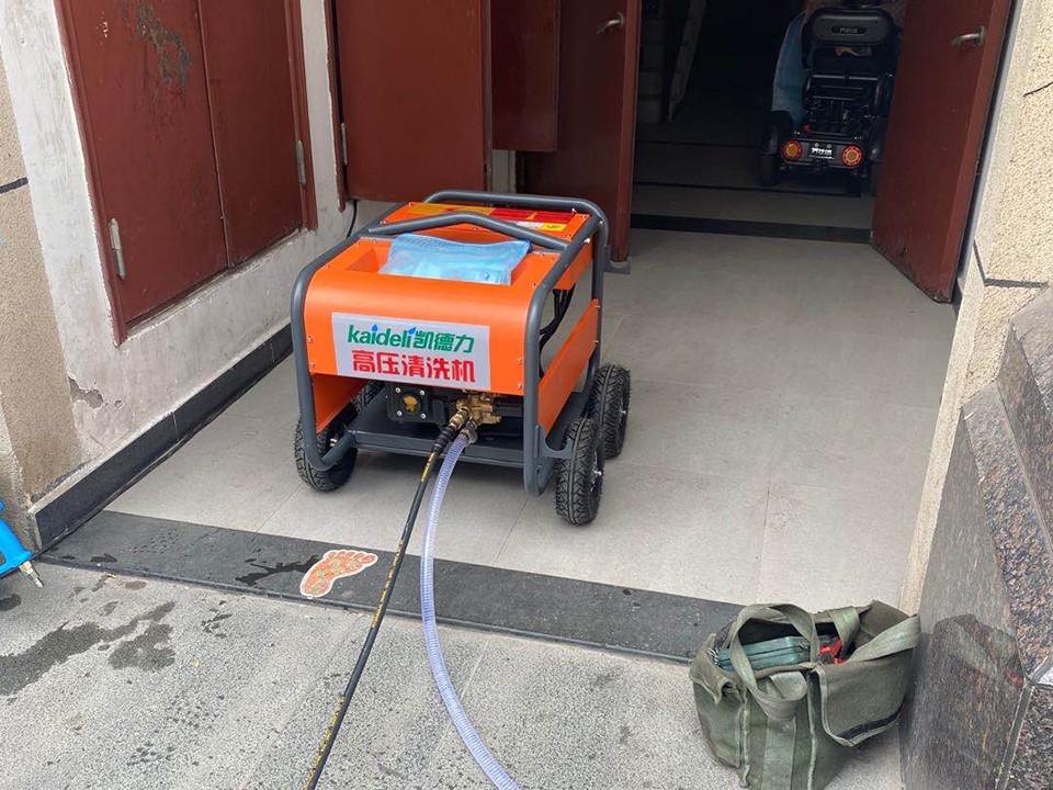 工业领域清洗中使用高压清洗机的重要意义